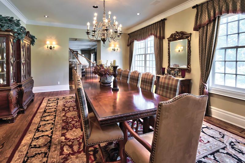 Collingwood-Estate-Dining_Room