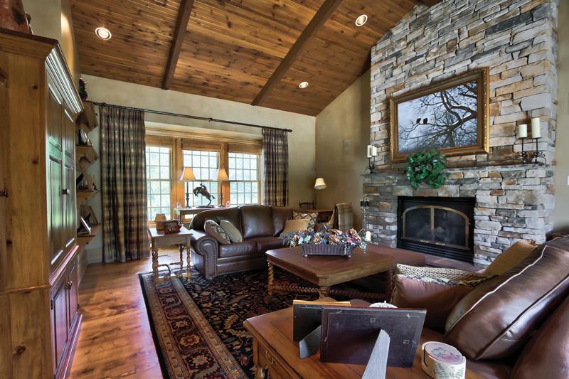Collingwood-Estate-Living_Room