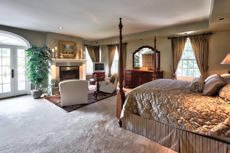 Collingwood-Estate-Master_Bedroom
